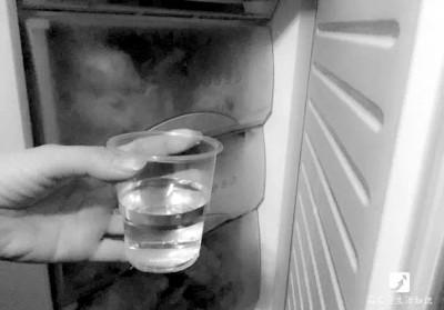 一枚硬币一杯水,就能知晓冰箱是否正常工作?