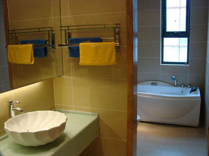 【生活】教你卫浴间精巧浴室柜选购技巧