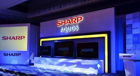 夏普AQUOS新品揭面:1.6mm纤薄边框秀肌肉