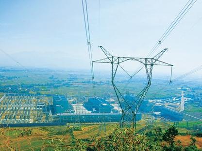 我国首条大规模清洁能源特高压直流输电工程投产