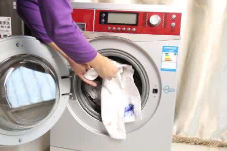 夏季健康洗涤 滚筒洗衣机内筒如何除垢?