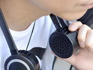 日本发明奇葩夏季神器:像耳机的电风扇