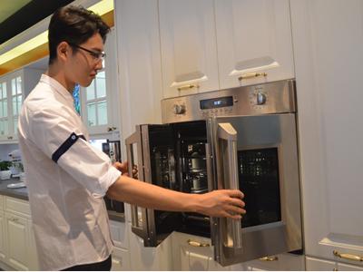 GE家电首款全空间热风烤箱亮相中国体验店
