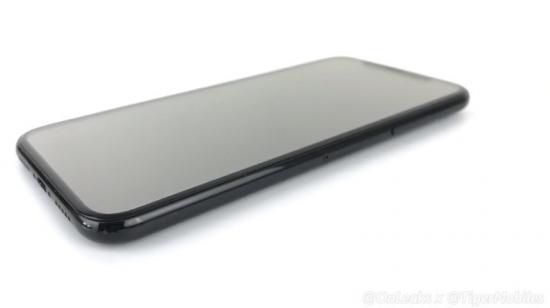 iPhone8或加入3D面部识别:解锁用脸不用手指?