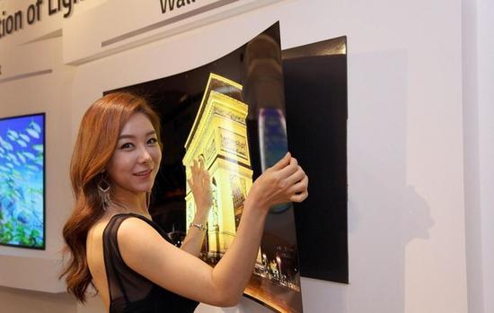 形态随意!LGD计划生产可卷曲OLED电视