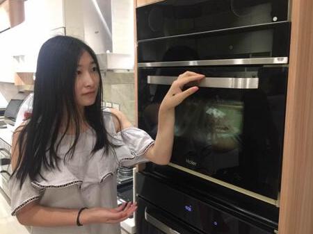 世界首台蒸烤一体机在海尔上市 蒸烤结合