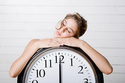 研究:夏季整夜开空调可能影响睡眠质量