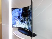 OLED技术垂直渗透 电视显示鏖战火光升级