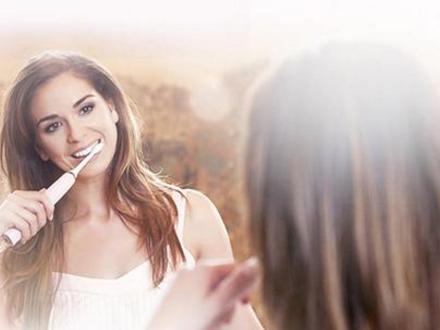 女性在使用电动牙刷时 更注重哪些体验?