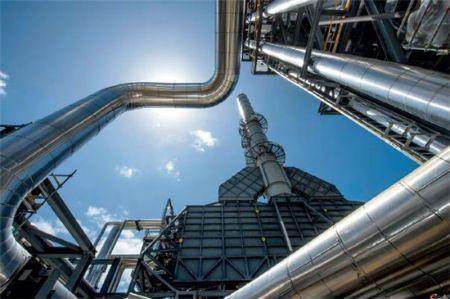 p79 中国—中亚天然气管道A、B、C 线建设成为海外投资中多方合作的经典案例,在该项目实施中,华为、霍尼韦尔与施工方共同合作,解决了中国企业海外投资建设中遇到的诸多难题。