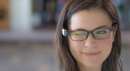 中国科学家研制出用眨眼开关家电的传感器