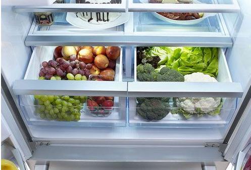 生活常识:警惕!冰箱储存食物几大误区