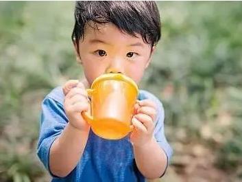想给家人健康的饮用水,首先要选好净水机