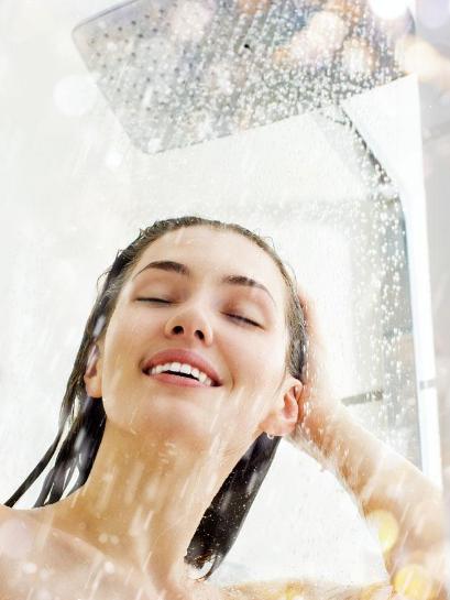 洗澡用燃气热水器还是电热水器?我们算算
