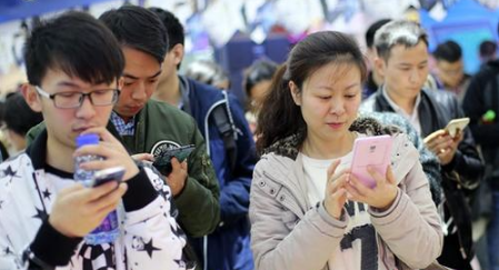 几大巨头争相布局利发国际手机客户端租赁 蹭热点还是新风口?