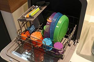 拯救绝望主妇 美的范洗碗机亮相IFA2017