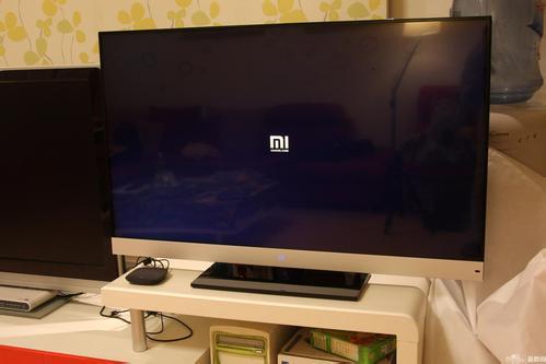 小米电视降价了,其他品牌跟还是不跟?