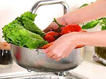 淘米水能洗去农药残留?别闹了,这样做才管用!