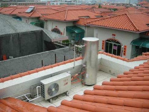 简析热水器行业三涨一跌的现象