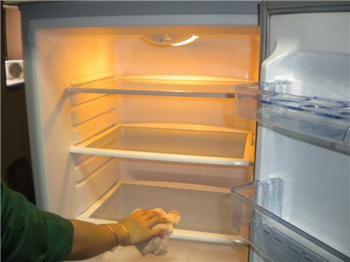 给您提个醒!停电后,冰箱需要大清理