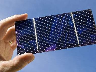 新型超薄太阳能电池可拉伸可水洗