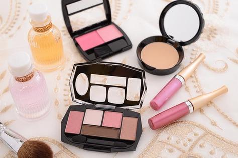 生活妙招:化妆品可以放在冰箱里保存吗?