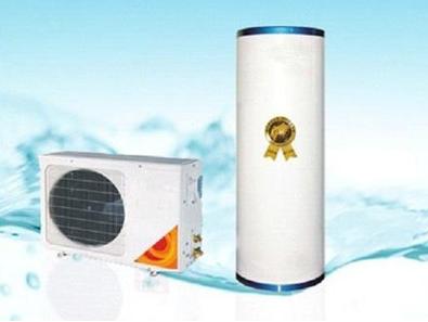 """新旧热水器""""扳手腕"""":燃气、空气能热水器对比"""