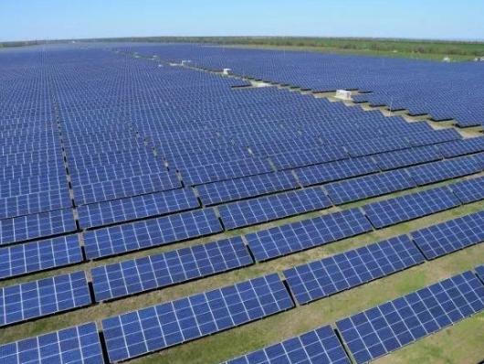 远超风能、电能,太阳能成发展最快的新能源