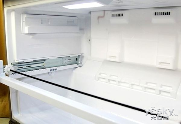 如果冰箱一直出现霜冻现象该怎么办?
