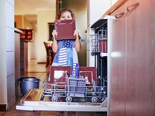 节水还省电,洗碗机洗碗成本并不没那么高