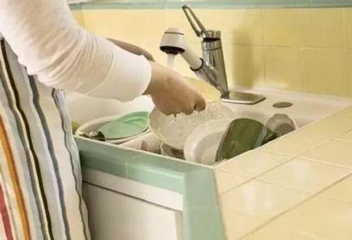 下馆子已经Out了 想要吃饭不洗碗你得有它