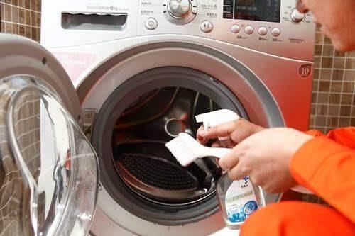 洗衣机越洗越脏?别怕,专家告诉你咋办