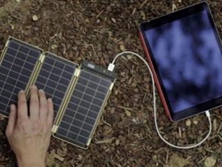 薄如纸片的便携式太阳能电池板来了,够厉害
