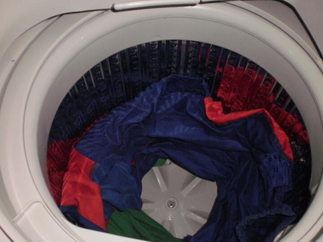 洗衣机洗衣服总是打结?教你一招轻松搞定