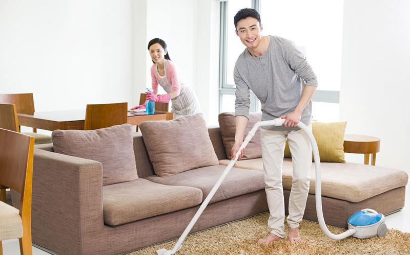 家居生活要便捷,立式多功能吸尘器出列
