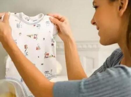 婴儿衣物清洗注意事项 这四点宝妈要记好