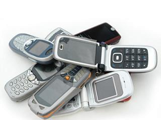 旧手机回收存难题 需使责任承担有法可依