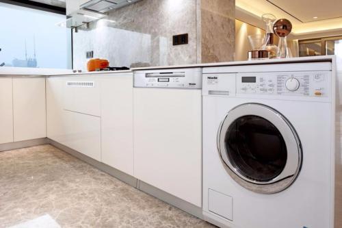 大件洗不动? 大容量滚筒洗衣机才能搞定