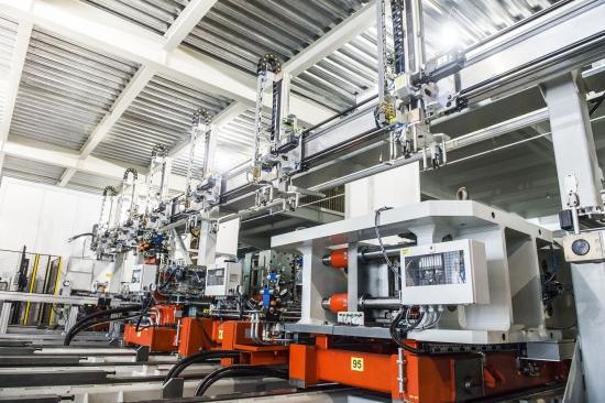 格兰仕全自动化电蒸炉生产设备 (1)