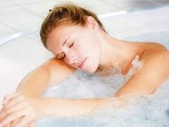 满足全家沐浴需求 四季沐歌太阳能热水器推荐