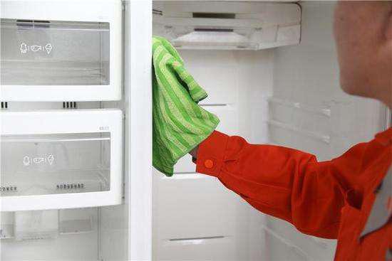 年底大扫除唯独缺了它 无霜冰箱给你轻松生活