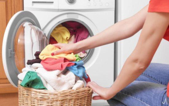 洗烘一体省时省力 衣物柔顺都不用晒