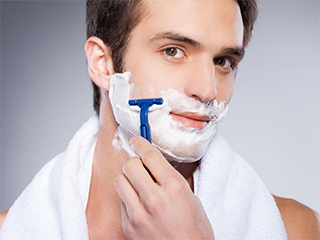 男人使用剃须刀避开这8个误区!该如何挑选