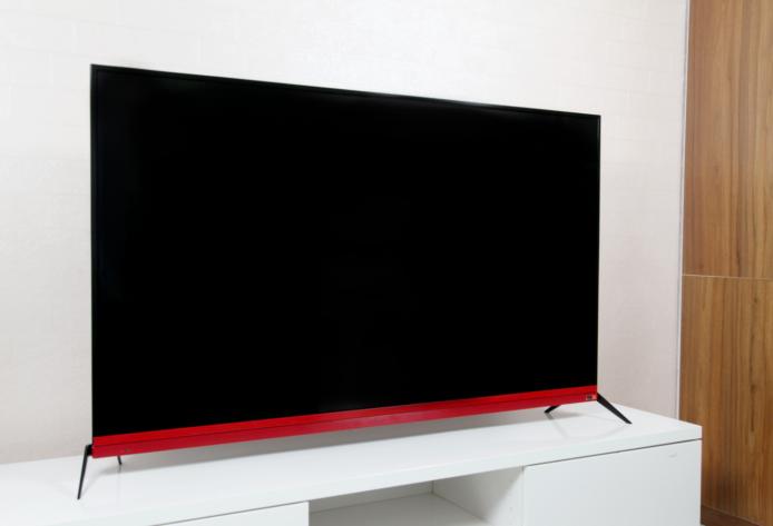电视中的Supreme H.Kloss设计师品牌JBL音响电视