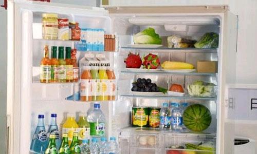 食物存储误区:食物放冰箱要用保鲜膜吗?