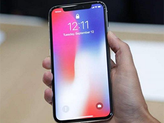 iphoneX出现黑斑送修 售后称系人为的不保修