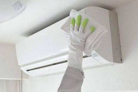 家电日常维护知识:空调怎么洗,应注意什么?