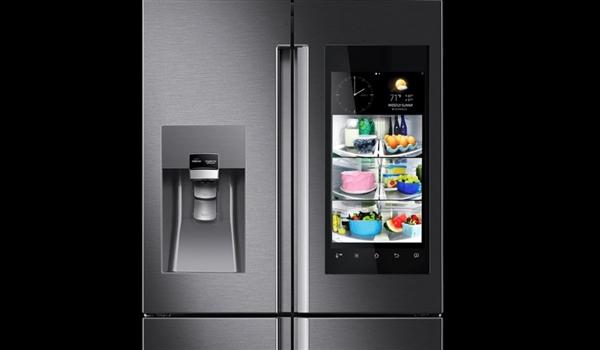 三星新款智能冰箱亮相 配备Bixby语音助手