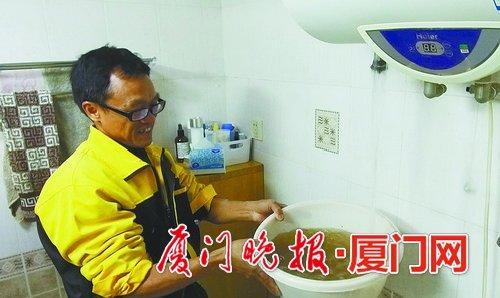 热水器的使用是有年限的,超过年限的最好更换新的