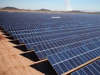 中国太阳能需求推高全球新能源投资